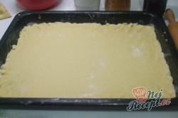 Příprava receptu Jablečný koláč s kokosovou nadýchanou peřinkou, krok 2