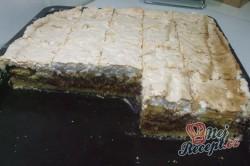 Příprava receptu Jablečný koláč s kokosovou nadýchanou peřinkou, krok 9