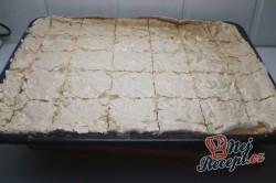 Příprava receptu Jablečný koláč s kokosovou nadýchanou peřinkou, krok 8
