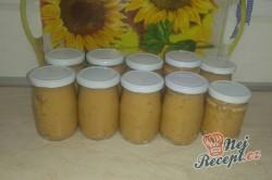 Příprava receptu Škvarková pomazánka trošku pikantní, krok 3