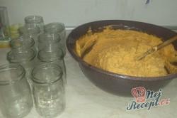 Příprava receptu Škvarková pomazánka trošku pikantní, krok 2
