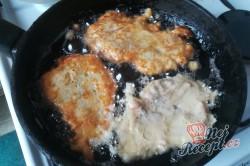 Příprava receptu Krůtí prsa v jablečném těstíčku, krok 3