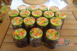 Příprava receptu Půlené švestky v cukrovém nálevu s příchutí rumu, krok 2