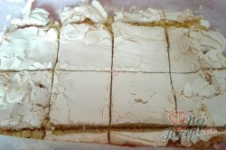 Příprava receptu Fenomenální malinové pokušení se šlehačkou, krok 6