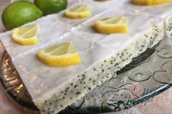 Příprava receptu Cuketový koláč s mákem a citrónovou polevou, krok 13