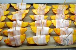 Příprava receptu Brambory v slaninovém županu, krok 4