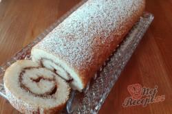 Příprava receptu Nadýchaná roláda s marmeládou hotová za 15 minut, krok 1