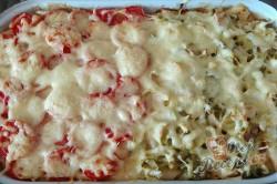 Příprava receptu Pikantní těstoviny se salámem z jednoho pekáčku, krok 5