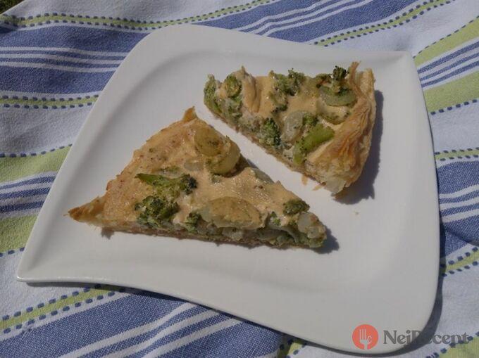 Recept Francouzský koláč s cibulí a brokolicí