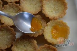 Příprava receptu Košíčky s ořechovou náplní, krok 5