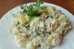 Příprava receptu Nejlepší bramborový salát našich babiček, krok 5
