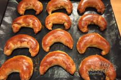 Příprava receptu Bratislavské rohlíky plněné mákem a ořechy, krok 3