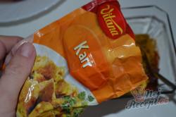 Příprava receptu Minutková kuřecí játra s cibulí a paprikou, krok 2