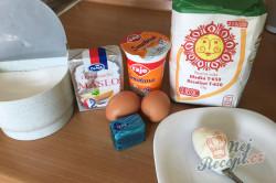 Příprava receptu Šumavské pagáče ze smetany bez kynutí, krok 1