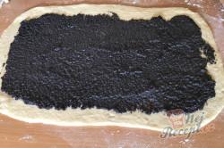 Příprava receptu Makový závin s višněmi, krok 6