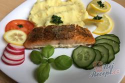 Příprava receptu Pečený losos na másle, krok 5