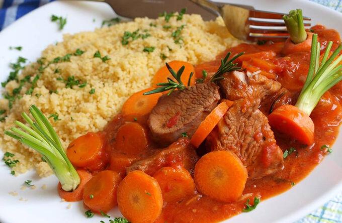 Recept Marinované krůtí kostky dušené s mrkví