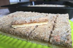 Příprava receptu Bomba koláč s oříškovým sněhem, krok 12