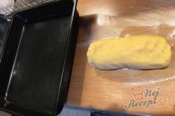 Příprava receptu Bomba koláč s oříškovým sněhem, krok 4