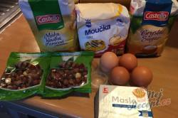 Příprava receptu Bomba koláč s oříškovým sněhem, krok 1