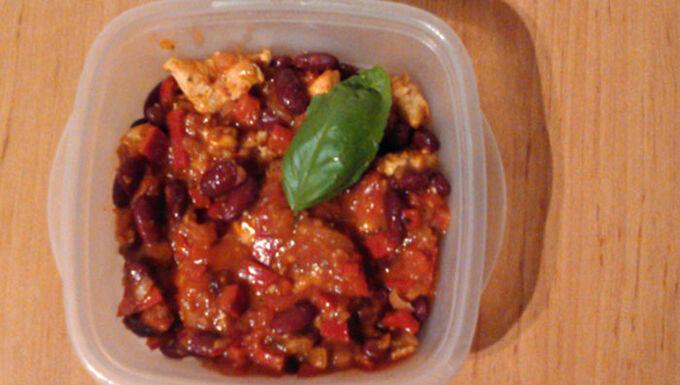 Recept Červené fazole s kuřecím masem