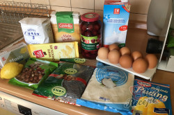 Příprava receptu Luxusní zákusek ,,cherry dáma,,, krok 1