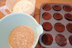 Příprava receptu Fenomenální SNICKERS muffinky, krok 1