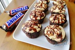 Příprava receptu Fenomenální SNICKERS muffinky, krok 6