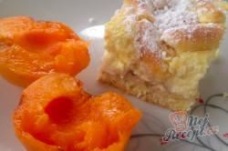Příprava receptu Tradiční meruňkový mřížkovaný koláč s tvarohem, krok 7