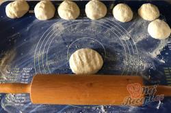 Příprava receptu Měkoučké langoše BEZ kynutí, na které nemusíte čekat, krok 3