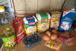 Příprava receptu Fantastický hrnkový borůvkový koláč s drobenkou, krok 1