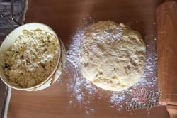 Babiččin recept - tvarohové kynuté šatičky, krok 3