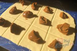 Příprava receptu Bombastické salko buchty, které nepotřebují kynout a jsou i tak krásně nadýchané, krok 4
