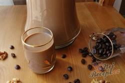 Příprava receptu Karamelový likér s chutí irské whiskey, kávy a ořechů, krok 1