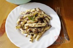 Příprava receptu Dokonalé bramborové šúlanky s mákem a máslem, krok 2