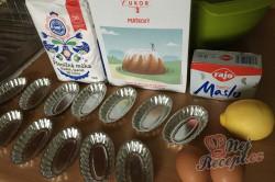 Příprava receptu Křehké vánoční Magdalenky, krok 1