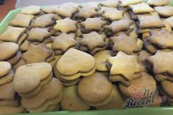 Příprava receptu Měkoučké pardubické perníčky s povidly, krok 15