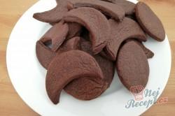 Příprava receptu Čokoládové půlměsíčky s chutí kávy, krok 5