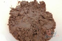 Příprava receptu Čokoládové půlměsíčky s chutí kávy, krok 2