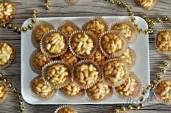 Příprava receptu Burisonové kuličky z karamelek, krok 2