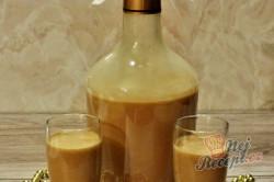 Příprava receptu Vánoční karamelový likér se skořicí, krok 3