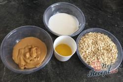 Příprava receptu FITNESS nepečené tyčinky ze 4 surovin, krok 2