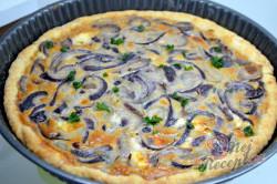 Příprava receptu Křehký cibulový koláč, krok 6