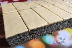 Příprava receptu Vynikající makové žloutkové řezy, krok 17