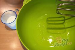 Příprava receptu Vynikající makové žloutkové řezy, krok 4