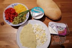 Příprava receptu Plněný chléb - nebíčko v tlamičce, krok 1