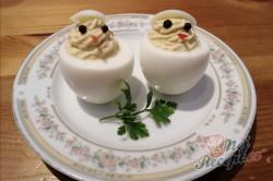 Příprava receptu Vajíčka plněné křenovou náplní, krok 1