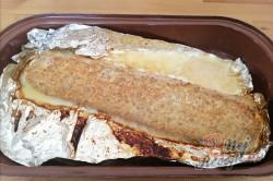 Příprava receptu Bez mouky, vajíčka a bez strouhanky - Jemná roláda z mletého masa, plněná míchanými vajíčky a Moravankou, krok 7