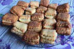 Příprava receptu Křehoučké koláčky z tvarohu na celý týden. Pouze 3 suroviny a sladká pochoutka je na světě., krok 10