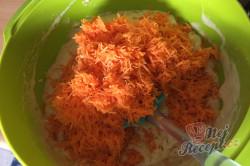 Příprava receptu Zdravější zákusek KRÁLÍČEK s mascarpone krémem a oříšky, krok 6